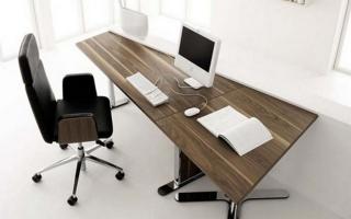 Mẫu bàn văn phòng đẹp U10