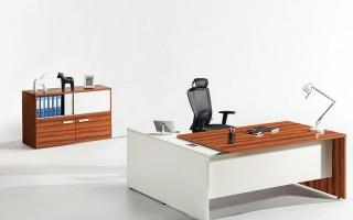 mẫu bàn làm việc văn phòng đẹp của giám đốc U37